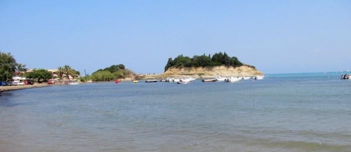 Vedere de pe plaja din Sidari