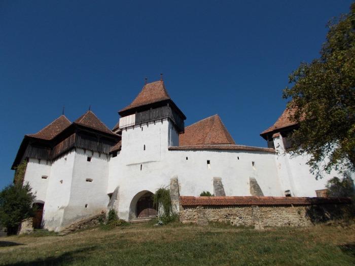 Biserica fortificată dinViscri