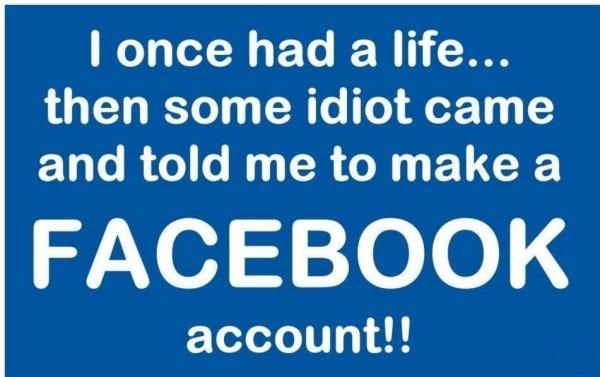 Sursa: http://www.stylescastle.com/jokes-about-facebook-with-beautiful-words/